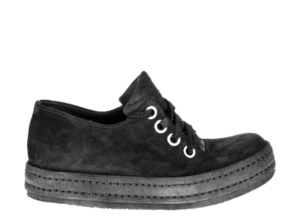 4Hole 2P Black Suede Grey
