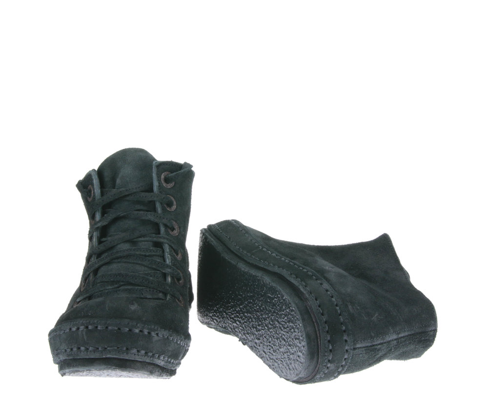 6Hole Black suede front sole.jpg