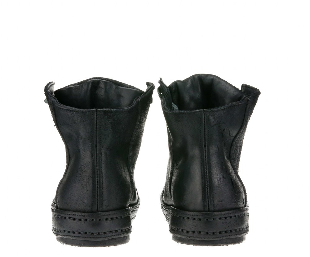 8Hole SP Black Suede Double Back.jpg