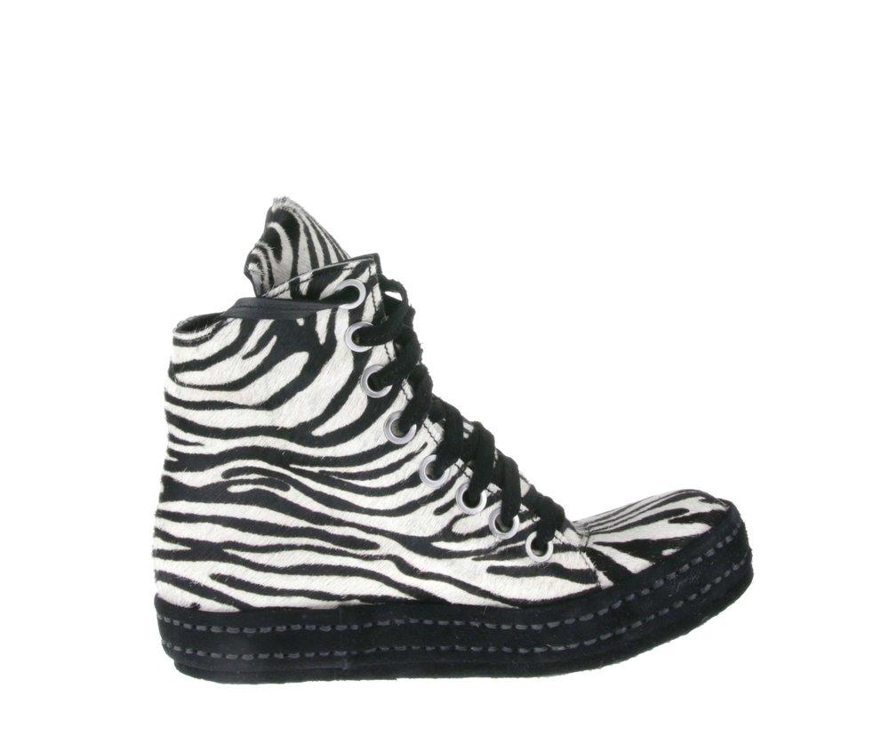 8Hole Zebra Inside.jpg