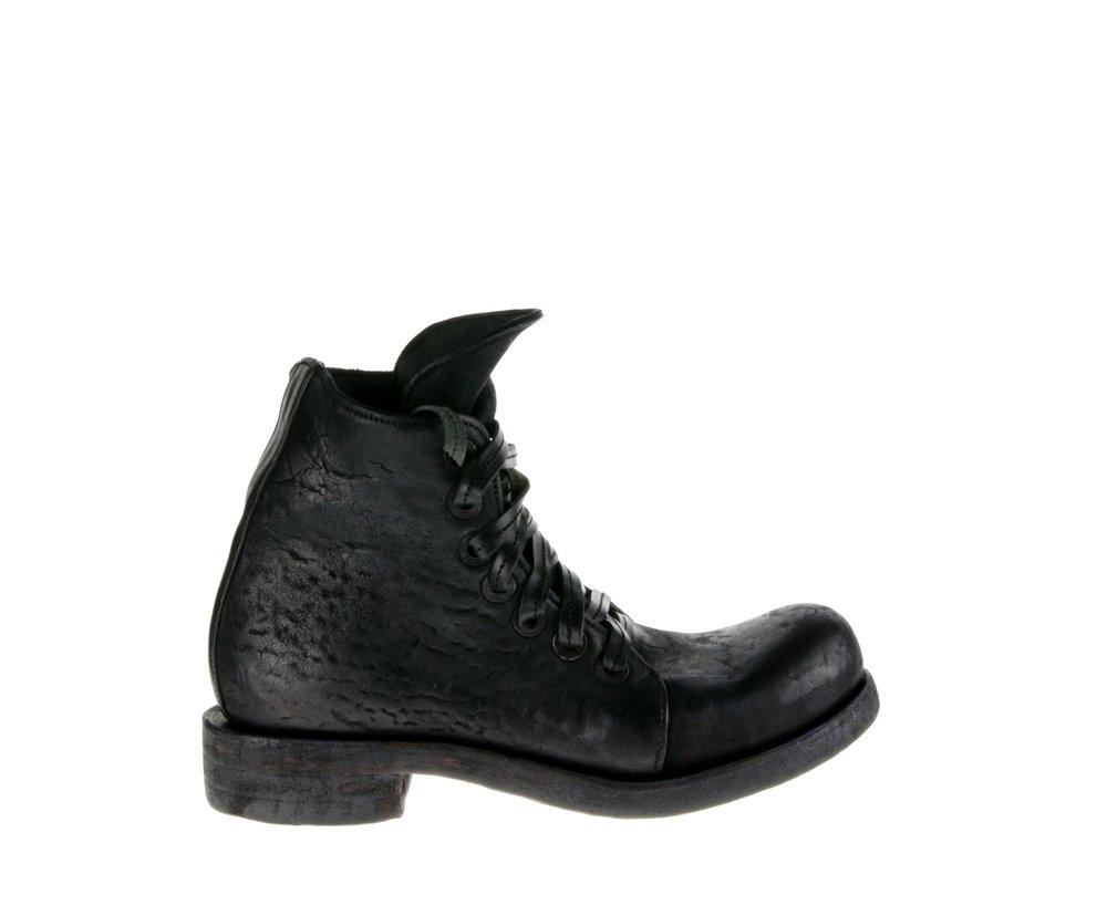 7Hole Boot Culatta Black