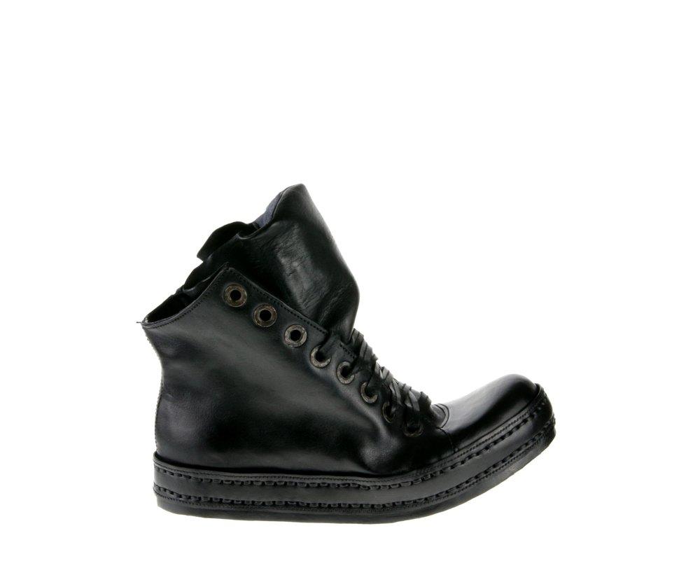 8Hole LB Side Zip Black