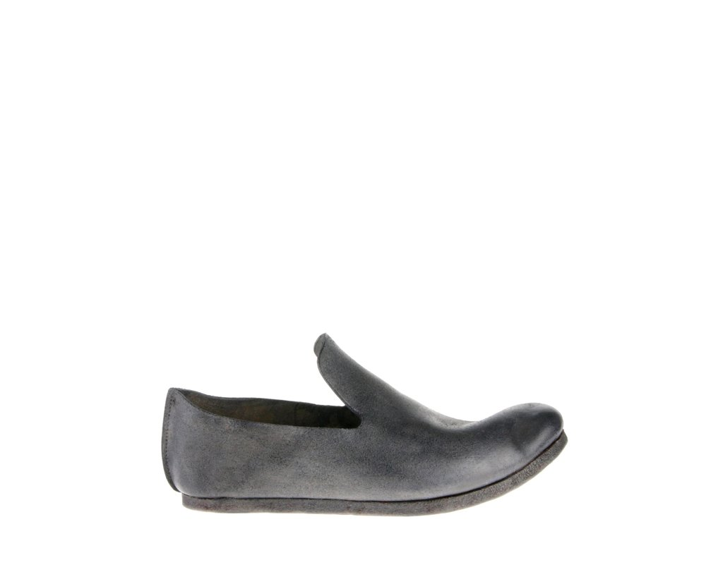 Slip-On Light Grey Culatta Outside.jpg