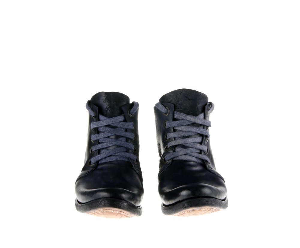 5Hole Boot Blue Cordovan Double Front.jpg