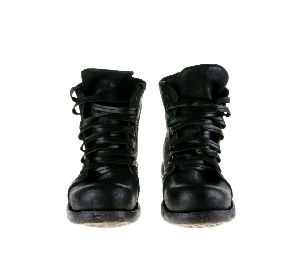 7Hole Boot Black Culatta Double Front.jpg