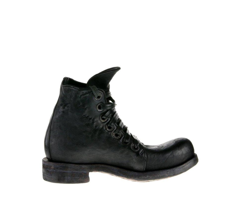 7Hole Boot Black Culatta Inside.jpg