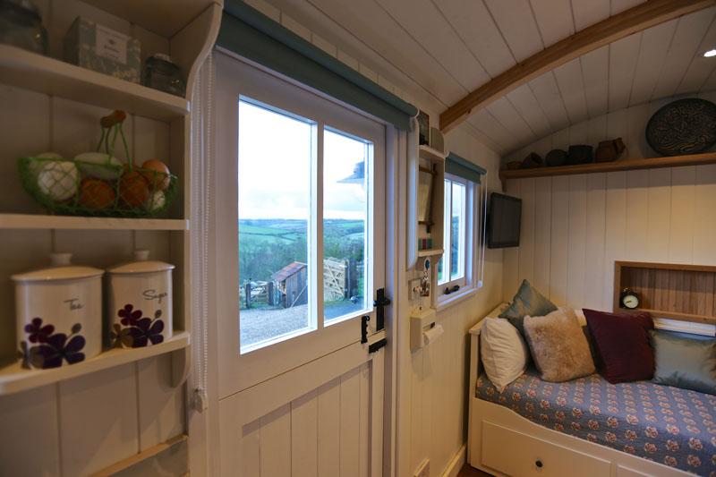 Hut_Inside 4s.jpg