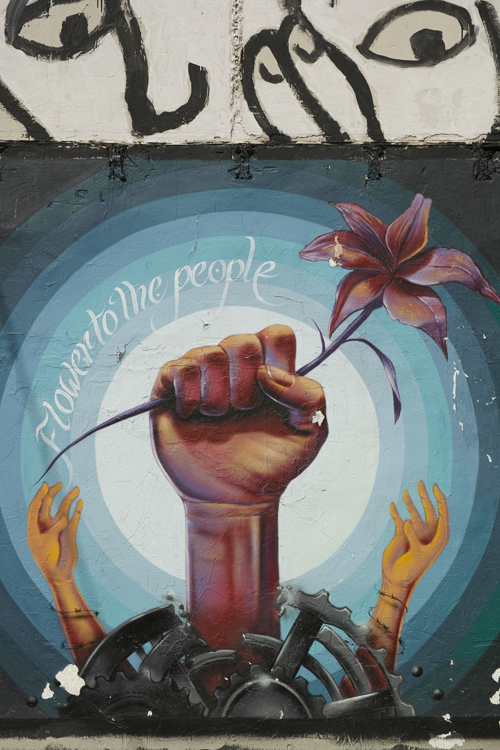 Flower to the people, Barcelona