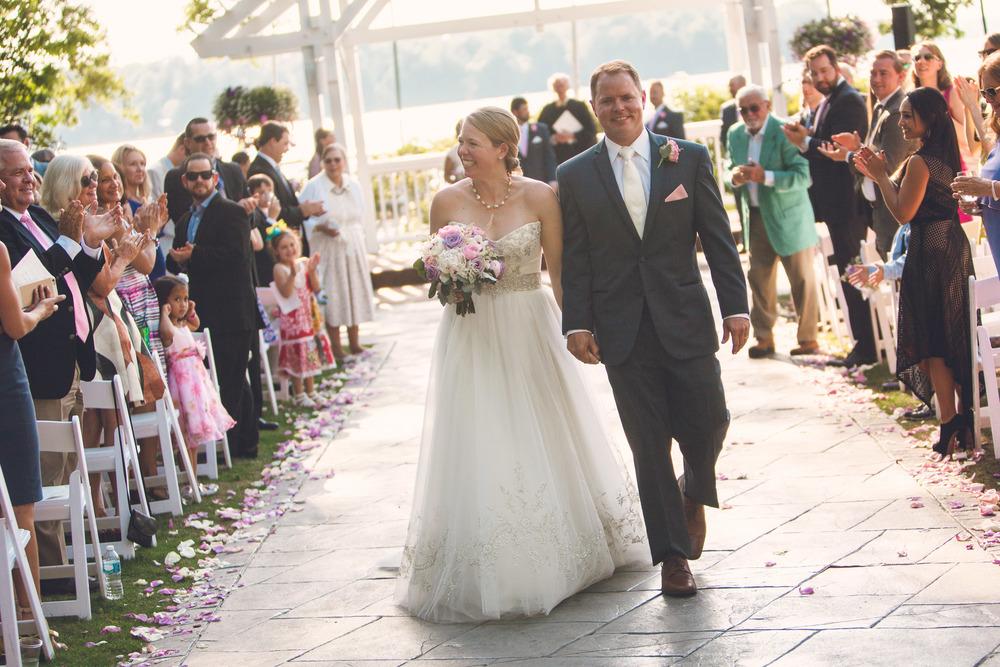 virginia-wedding-photographer-theboathouseatsundaypark-20.jpg