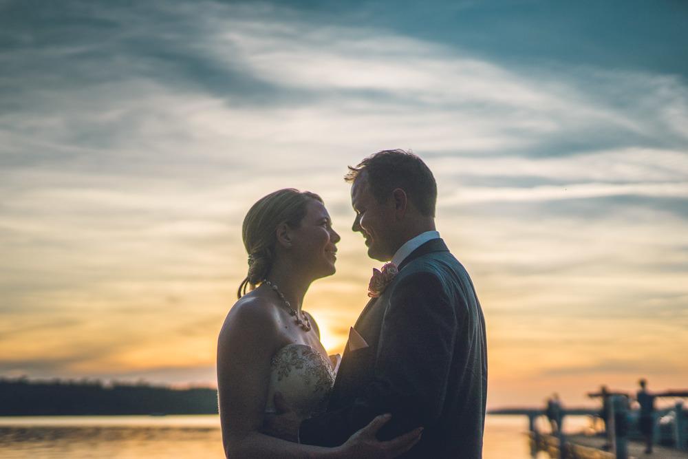 virginia-wedding-photographer-theboathouseatsundaypark-27.jpg