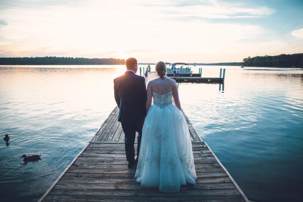 virginia-wedding-photographer-theboathouseatsundaypark-28.jpg