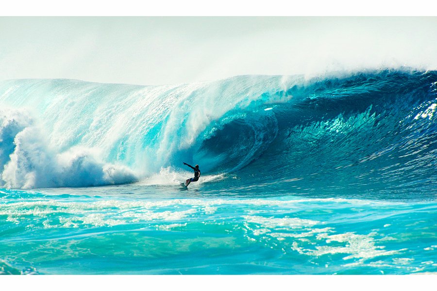 Surfing in Hawaii, Simon Buck Photography