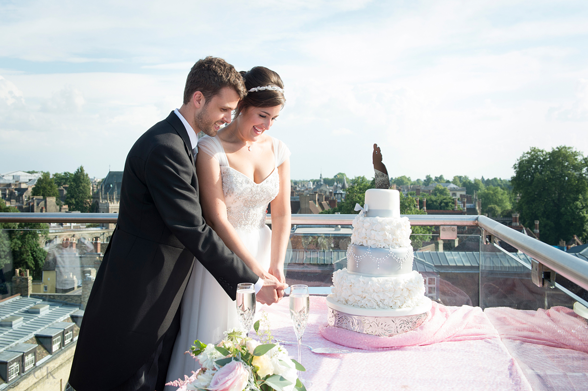 wedding venues in cambridge, photography at Christs college and the varsity hotel