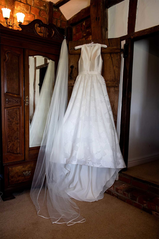 Wedding dress norfolk wedding photographer