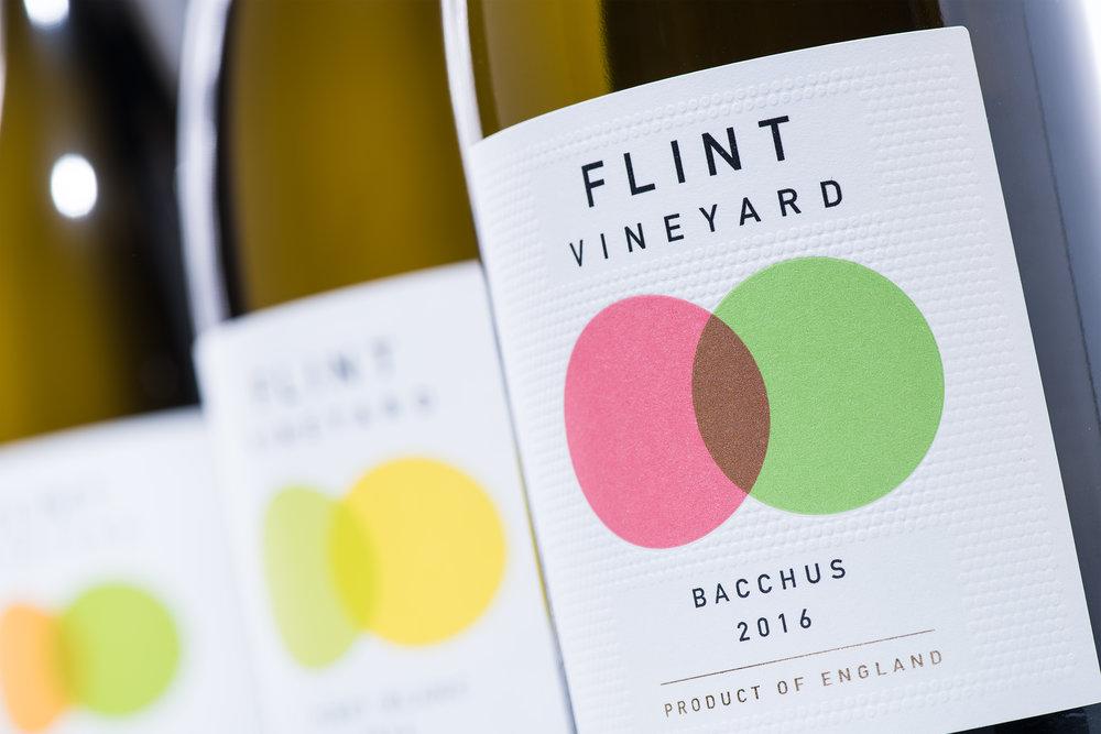 Flint_Bottles_0026_fr.jpg