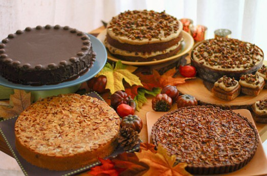 It's that time of year again 🍁Reserve your Thanksgiving desserts online now!! Link in bio #losangelesdesserts #thanksgivingdesserts #holidayseason #brownbutterpumpkincake #flourlesschocolatecake #almondcake #chocolatebourbonpecantart #toastedcoconutcreampie #cranberryrelish #glutenfree #treatyourself #losangelesmagazine #losangelesbestbakery #marinadelrey #cravedessert