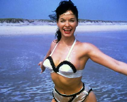 bettie_page_windswept.jpg