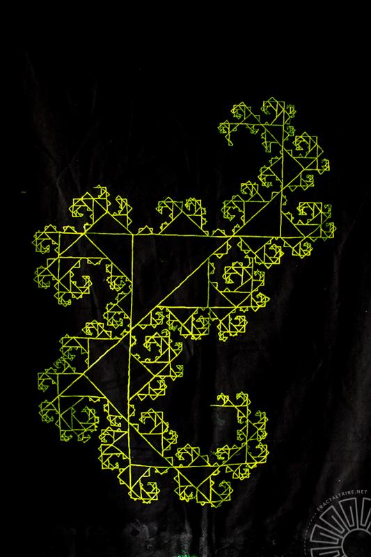 Aaronart Fibonacci tapestry.jpg