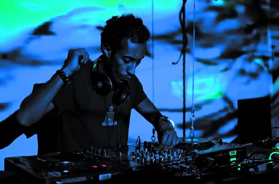 Hisham @ Glitch Loft 2011.jpg