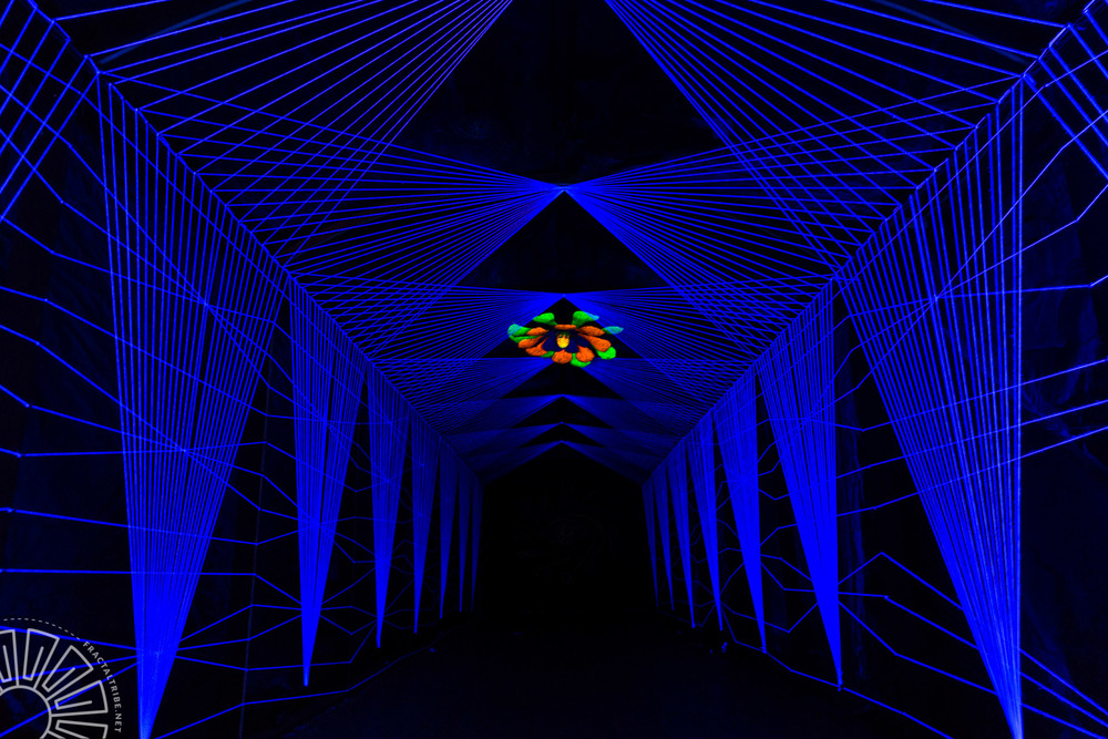 UV String Tunnel @ Year of the Fractilian