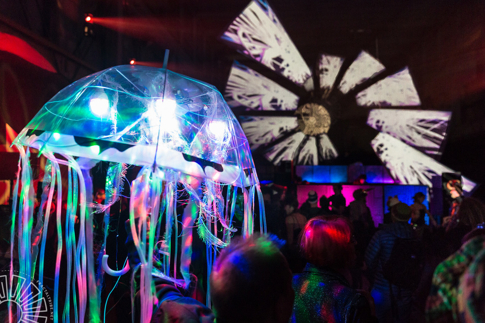 UV Jellyfish @ Year of the Fractilian