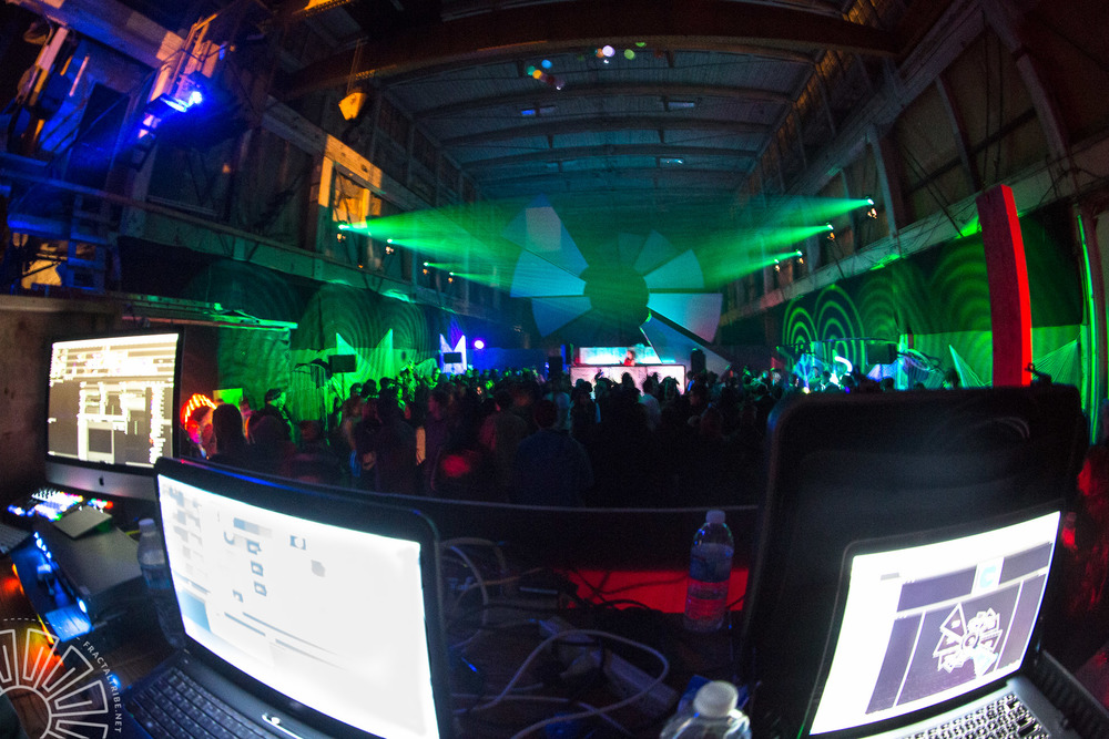 Lighting booth @ Fractaltribe presents Year of the Fractilian 20