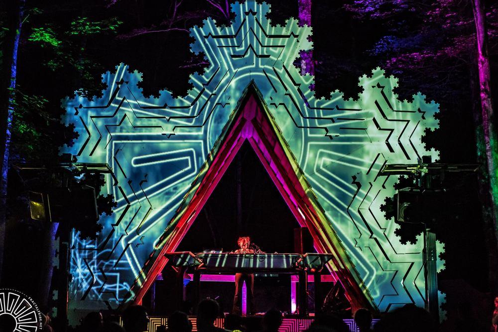 Artemis psychedelic breaks set @ Fractalfest 2015, Fractal Forest, NY, USA