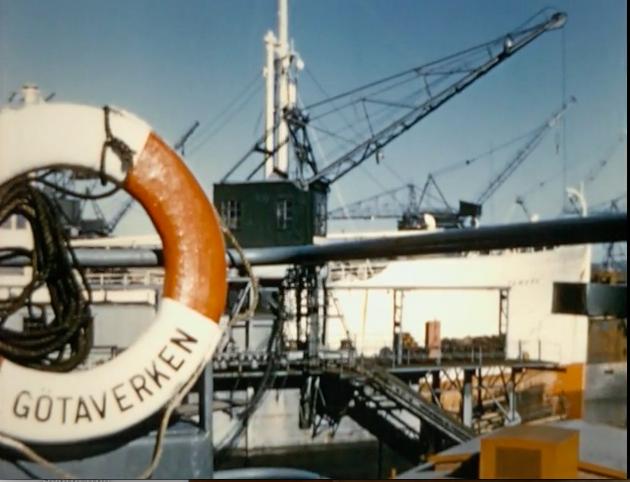 Stillbild från Den gyllene porten, 1957, regi Håkan Cronsioe.
