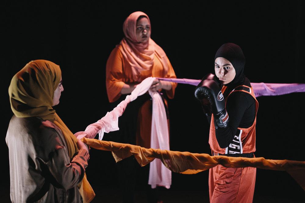 Mangkulturell teater de lar sig svenska pa scenen