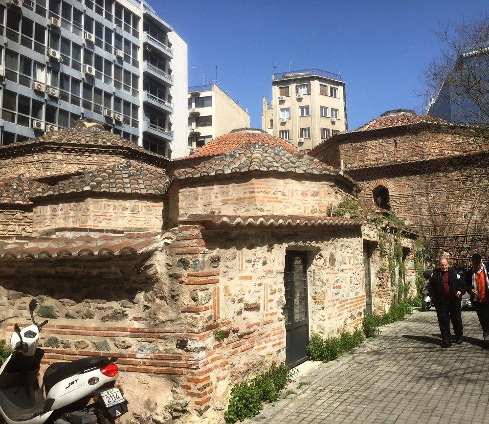 Äldre judisk bebyggelse i Thessaloniki, huset är ett mikve, ett rituellt bad. Foto: Håkan Forsell.