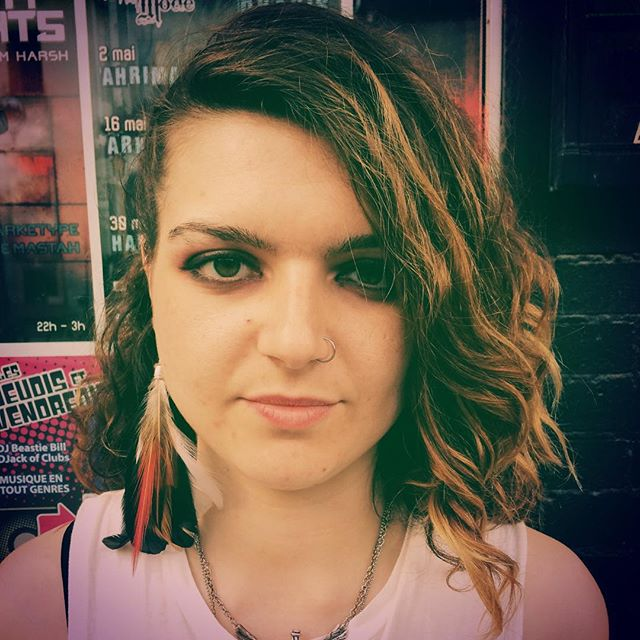 That time @11elevennyc made my hair pretty for our #pouzzafest set and shockingly, it did nothing to neutralize my resting bitch face.