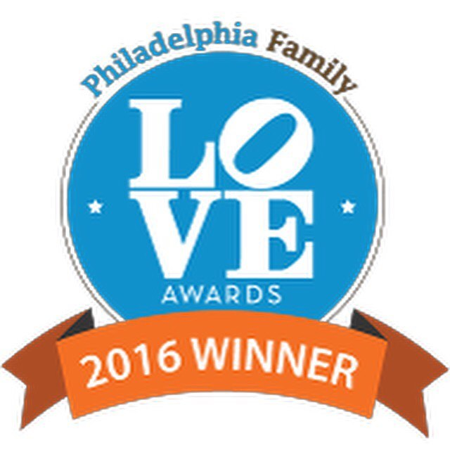 Congratulations to our wonderful Naomi of @babystepsphilly Main Line, Naomi Levitt! We won the #loveawards for Best Lactation Consultant! We already knew how amazing Naomi is! Now is time for you to schedule her for any breastfeeding support or childbirth classes💕http://phillyfamily.com/love-awards-health-and-wellness/ @mainlineparent @philafamilymag #maternityconcierge #babyplanner