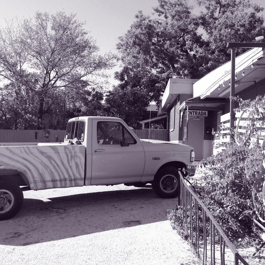East-Austin-03-White-Horse-truck.jpg