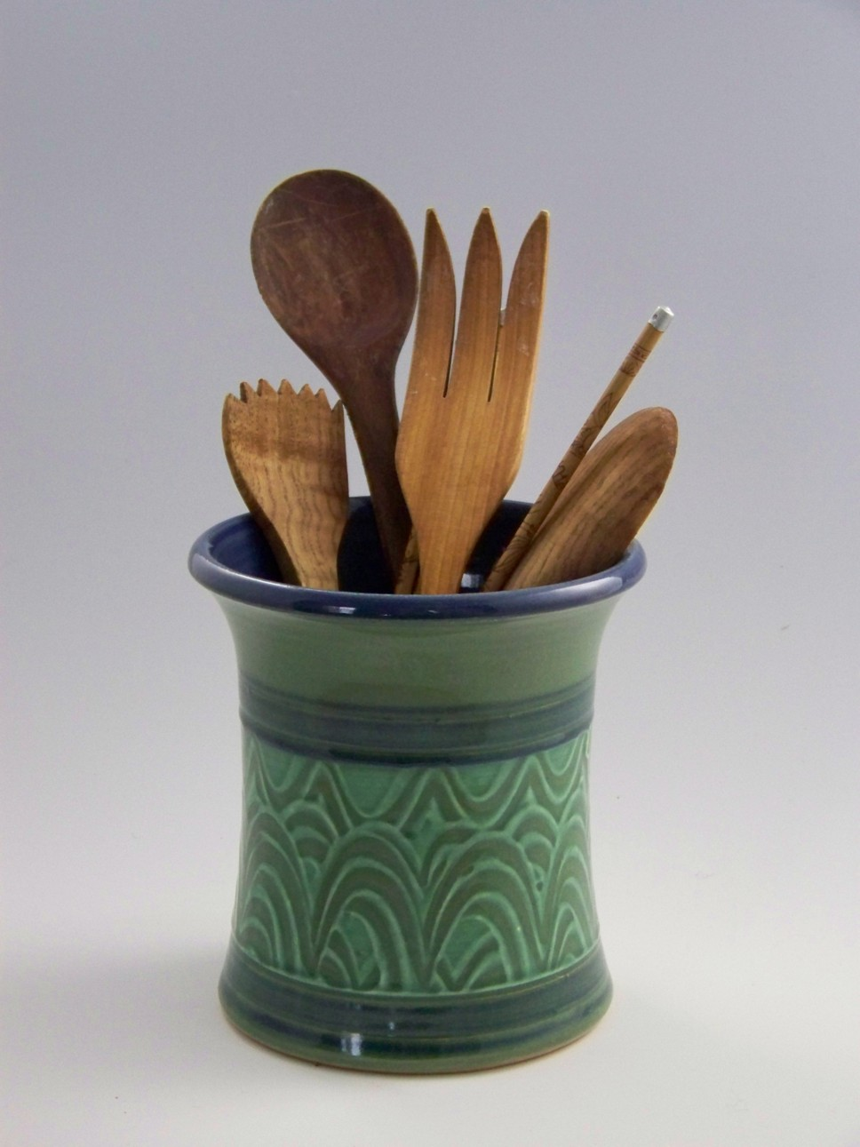 green utensil crop 42.jpg