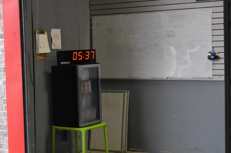 AMRAP x 15 MINUTES 10/10 Hang Non-Alt. Snatch (50/35) 15 C2B Pull-ups 20 H.R. Push-up