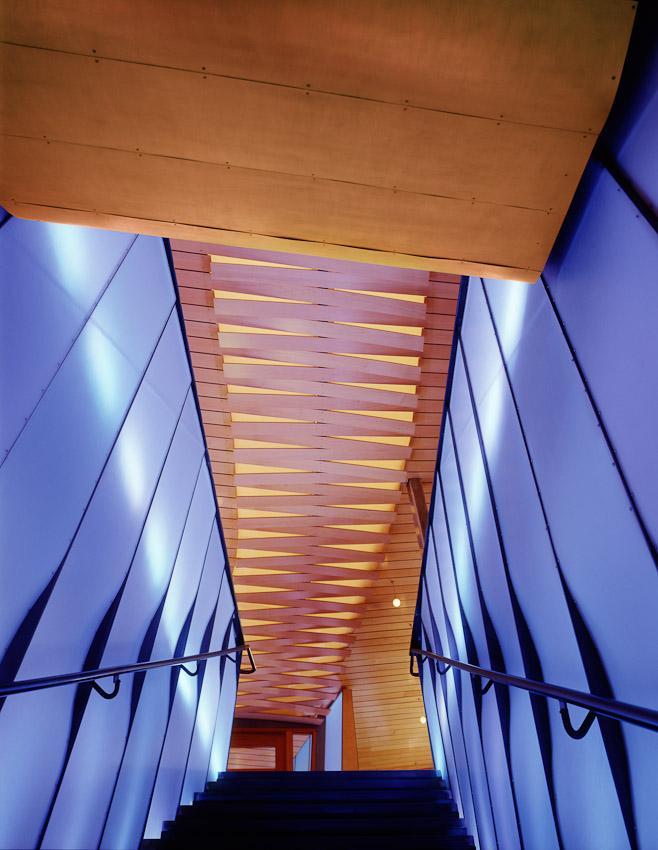HORNER_02054_02_360_stair_ceiling.jpg