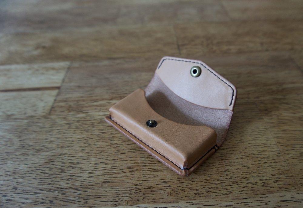 trident gum pouch