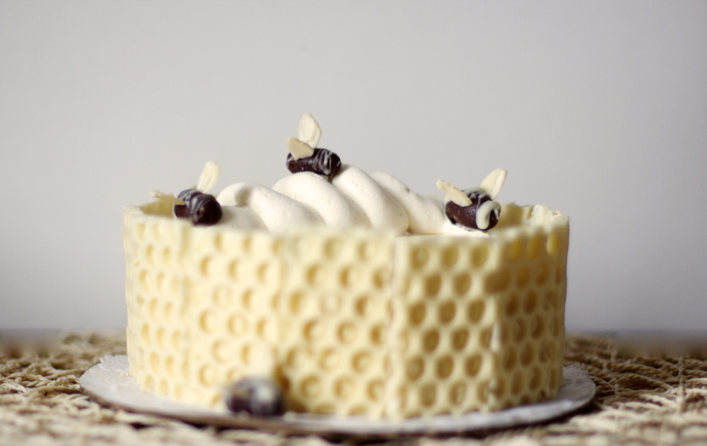 Chamomile Pear Honeybee Cake Woodland Keep
