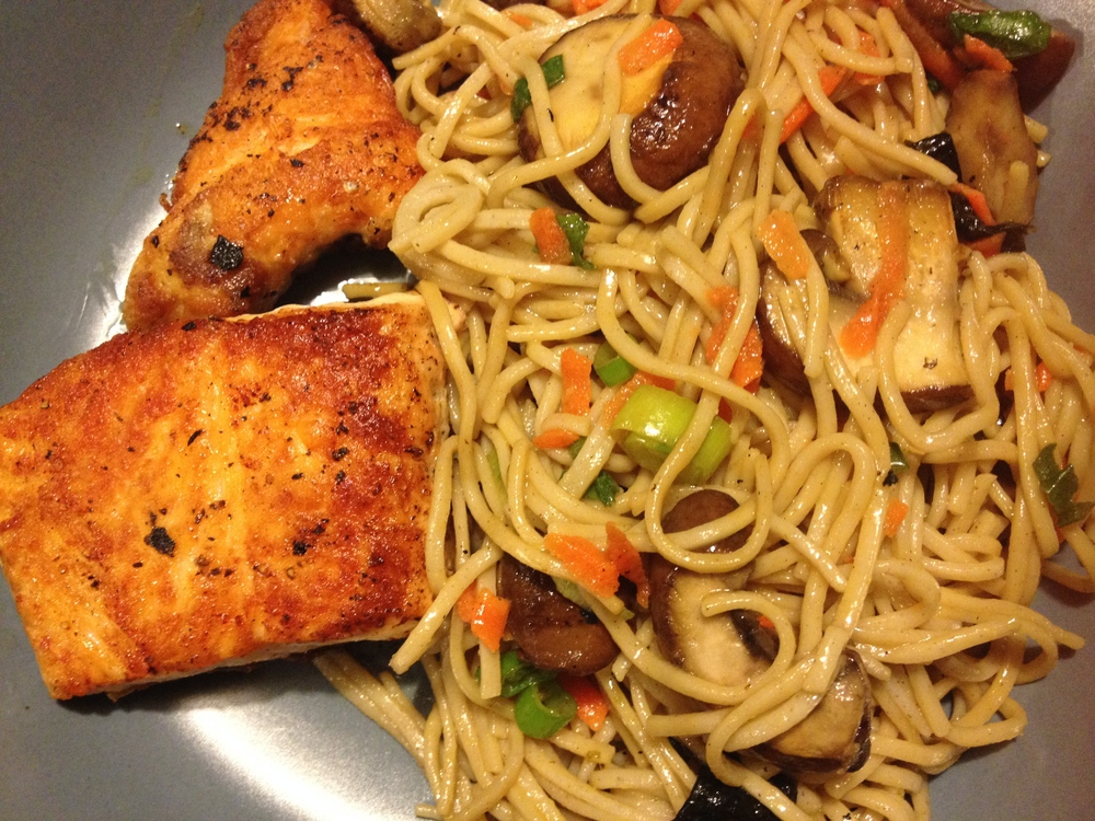 Sushi-Style Soba + Seared Salmon