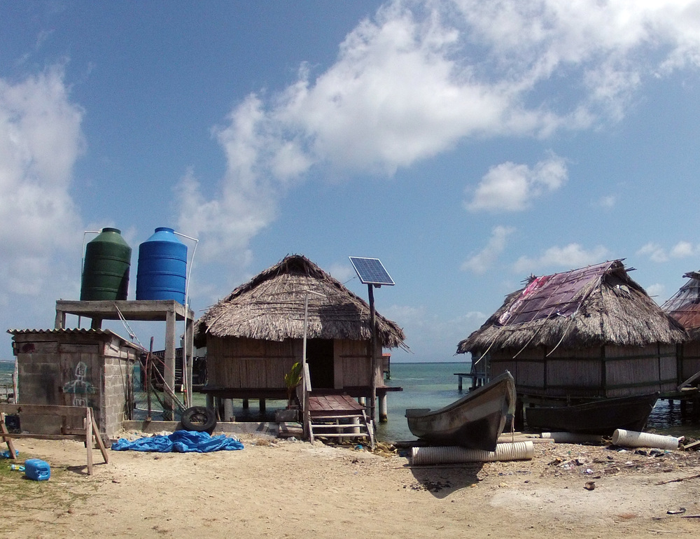 Water is a precious commodity in Kuna Yala, and they mostly rely on solar power.