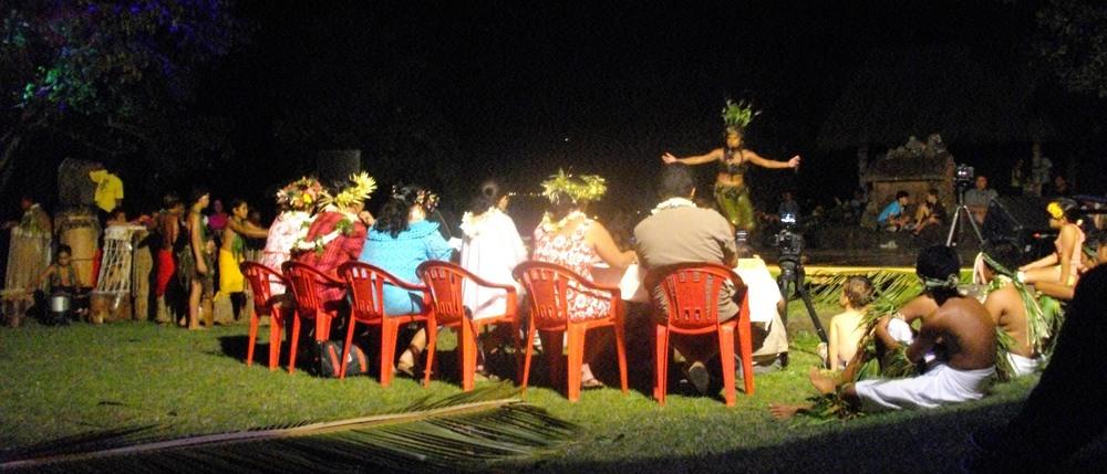Judges score the performances at the Tapa Tapa.