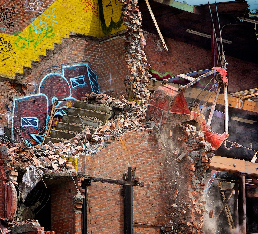 Tumbling Walls - Mighty Jaws bring down The Shepherd Terminal Warehouse Building