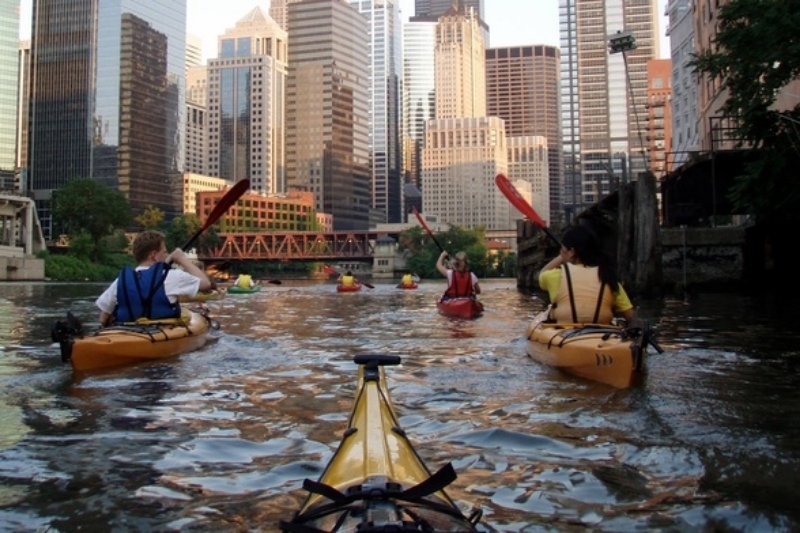 chicago-kayak.jpg