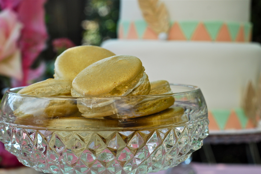 Gold, that's right, folks, GOLD macarons!