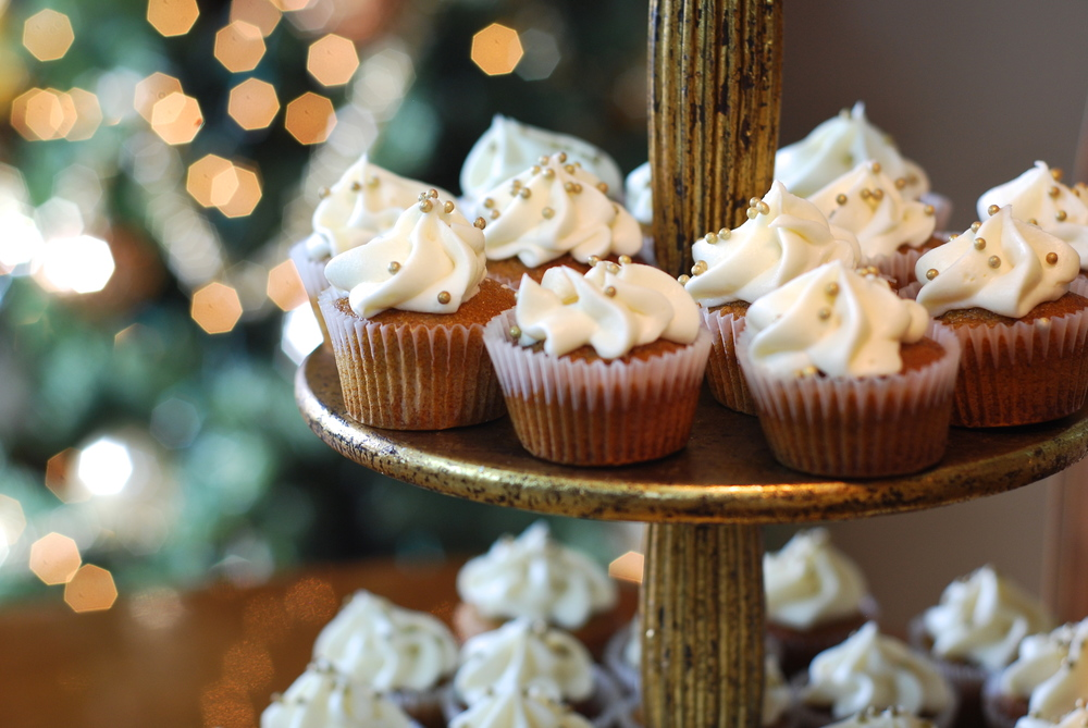 Mini Pumpkin Spice Cupcakes with Cream Cheese Frosting