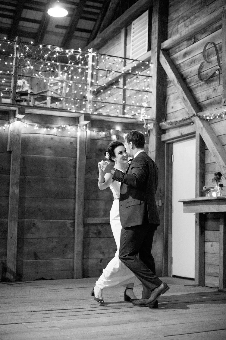 Jennifer and Matt Rocklands Farm Maryland Wedding Molly M Peterson Photography_75.JPG