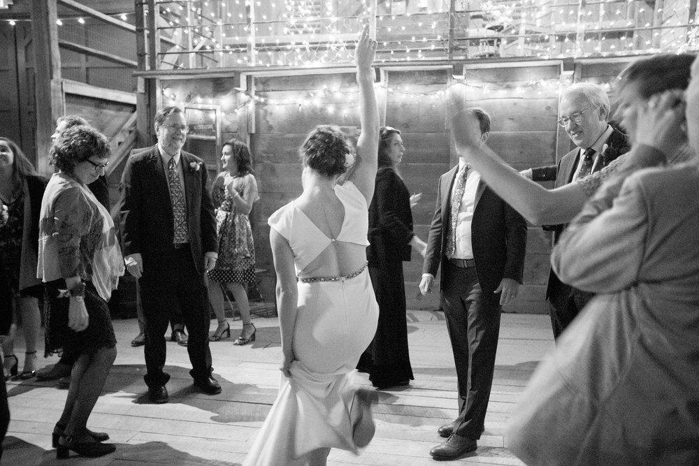 Jennifer and Matt Rocklands Farm Maryland Wedding Molly M Peterson Photography_102.JPG
