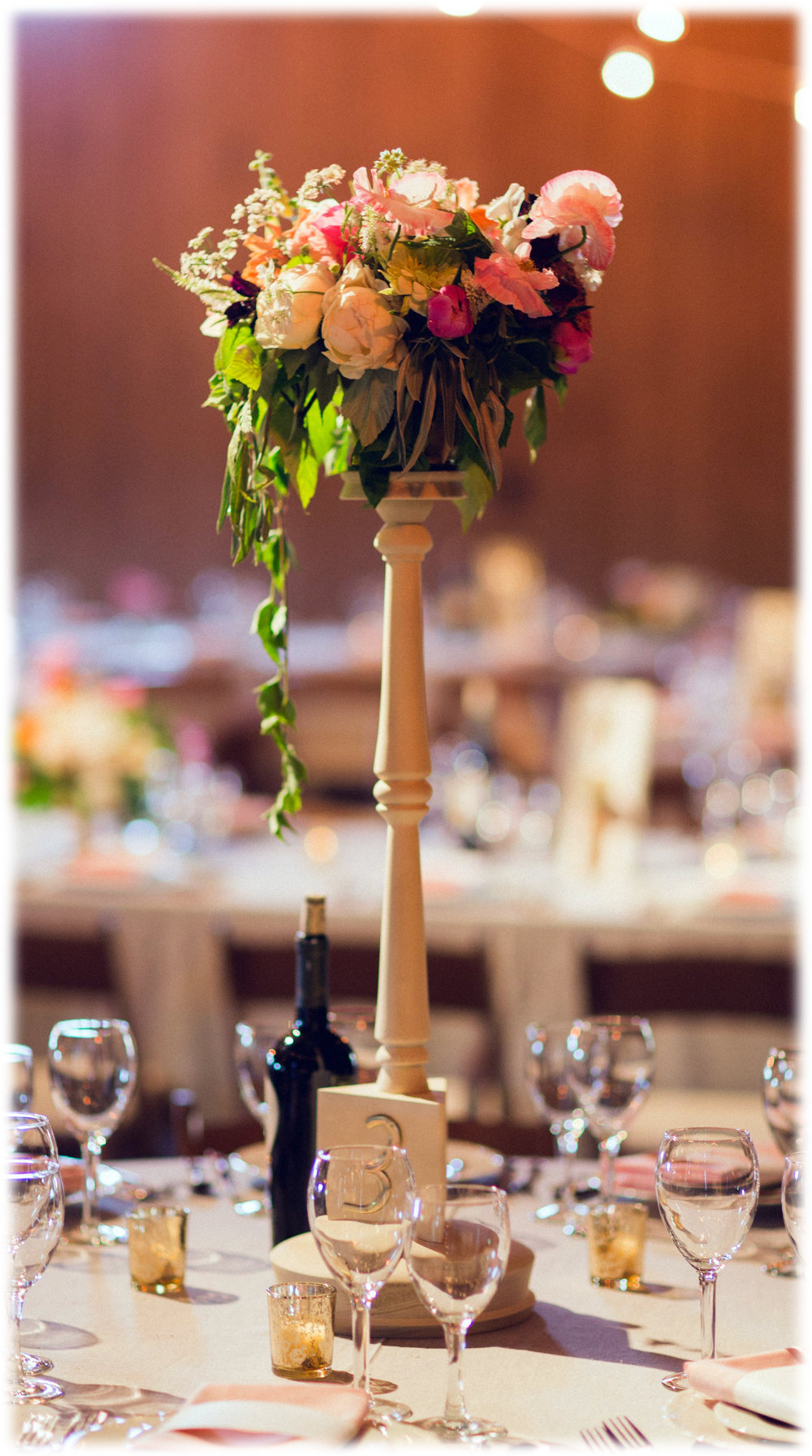 Table Flower Stand 01.jpg