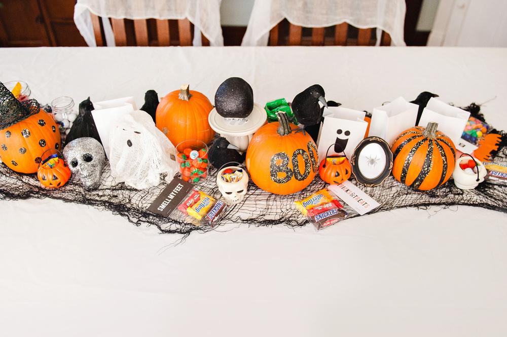 DIY Halloween Table Decor