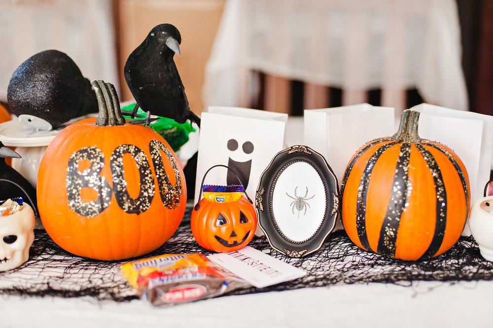 DIY Halloween Tablescape